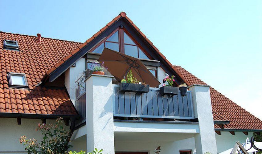 Süd-Ansicht mit ruhig gelegenen Balkon
